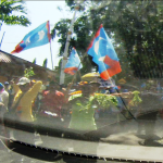 PKR supporters were not thankful for the food they have and instead, used them to shove at cars-- ending up in them being thrown away during the polling day of the N.25 Kajang by-election.