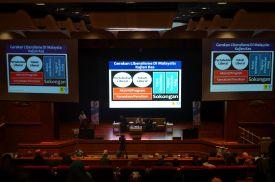 MUAFAKAT's vice-president, A. Karim Omar presenting his paper during the Wacana Liberalisme: Agenda Jahat Illuminati, Kompleks Islam Putrajaya, 17th January 2017.