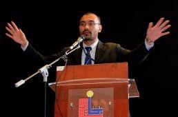 MUAFAKAT's deputy-president, Dr. Wan Adli Wan Ramli presenting his paper during the Wacana Liberalisme: Agenda Jahat Illuminati, Kompleks Islam Putrajaya, 17th January 2017.